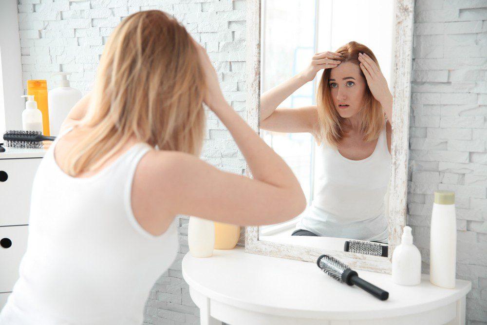 women scalp micropigmentation
